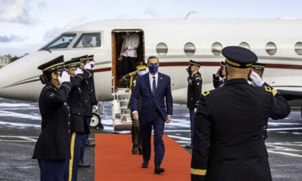 Presidente viaja este sábado a Madrid
