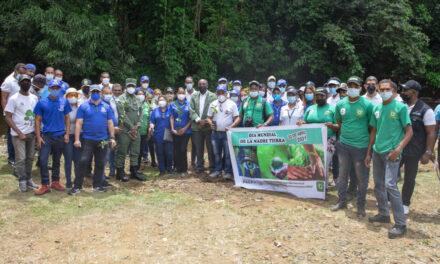 Procuraduría de Medio Ambiente reforesta