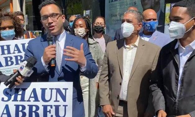 Dominicano Shaun Abreu recibe apoyo de los congresistas Adriano Espaillat y Ritchie Torres, líderes electos y comunitarios de Washington Heights