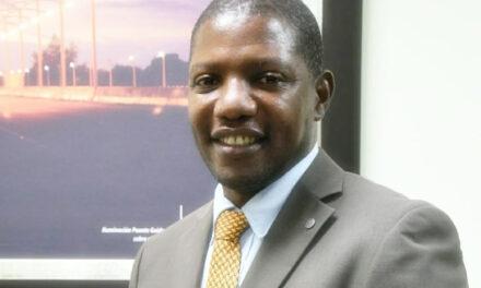 Presidente destituye al administrador de EdeEste