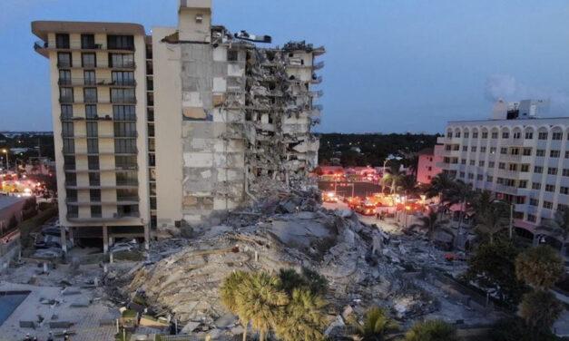 Se derrumba edificio de 12 plantas en Miami