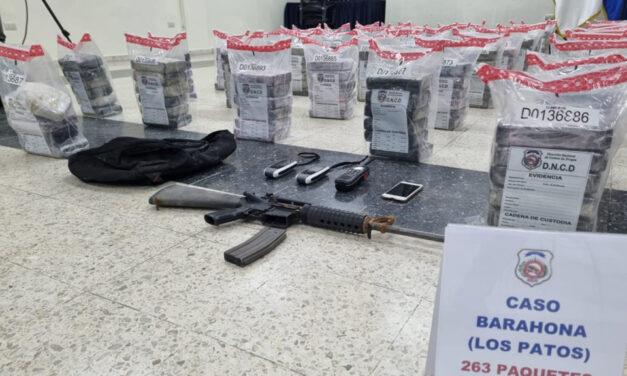 Apresan dos y ocupan cocaína en Barahona