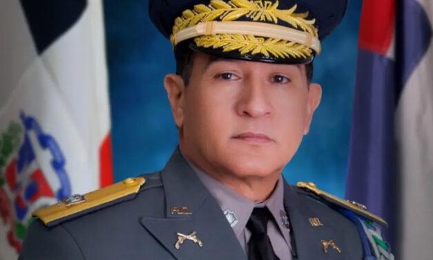 El Presidente cambia al director de la Policía